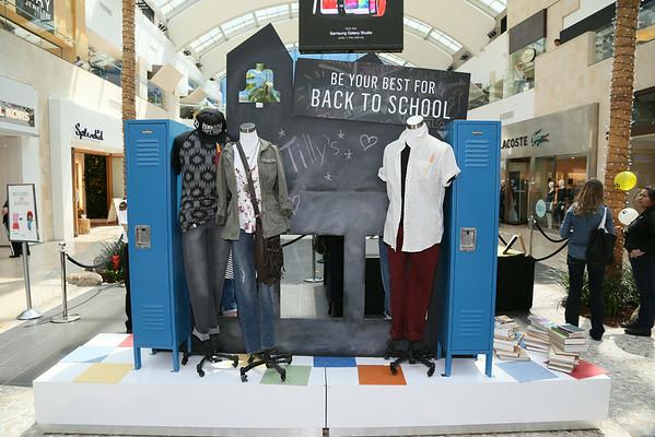 Westfield Topanga Mall Boutiques