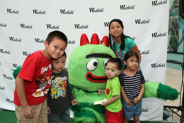 Yo Gabba Gabba at Westfield Topanga Mall