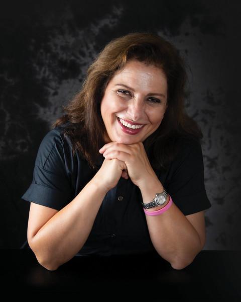 Roya Saberzadeh 8x10