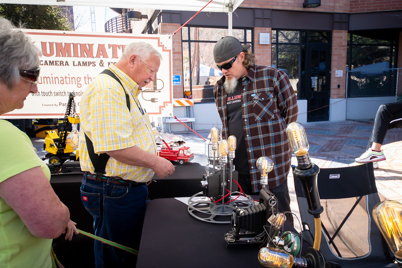 Patrick O'Brien of Reilluminated Vintage Camera Lamps & More (R)