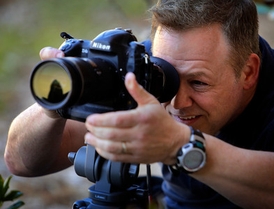 Scott Trimble, a video journalist at Syracuse.com, shoots his last assignments at the News Video Workshop on the campus of the University of Oklahoma in Norman, Okla, on Thursday, March 22, 2018. (Photo by Joe Mahoney)