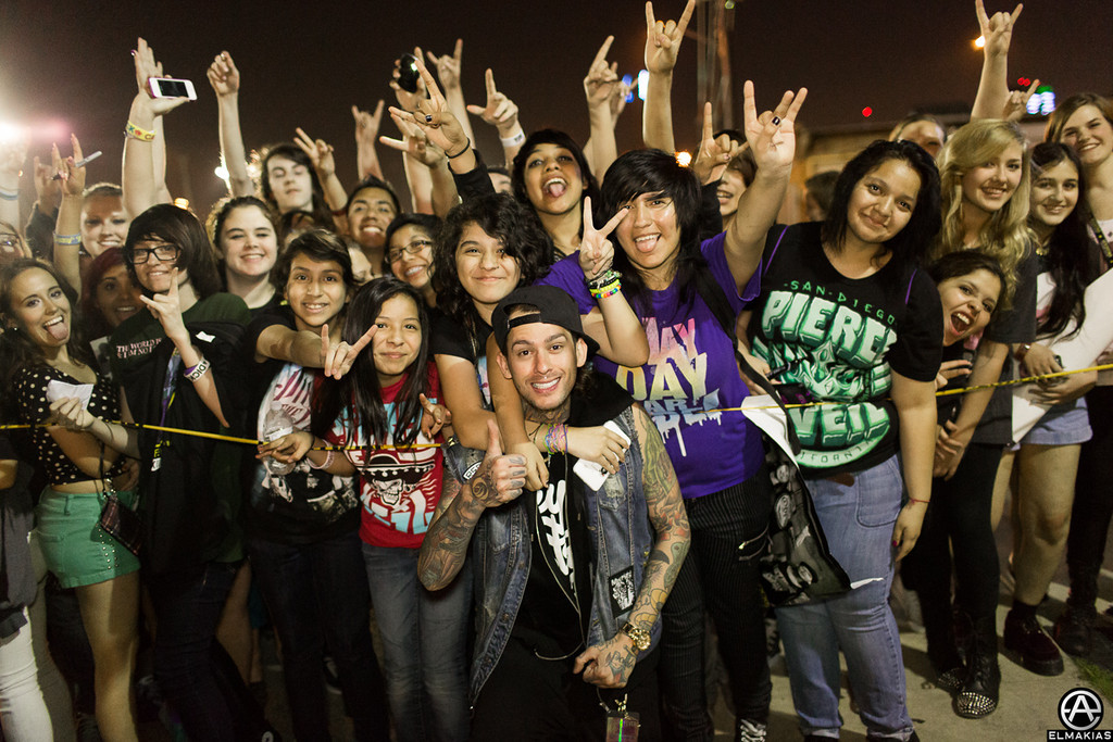 Mike and fans