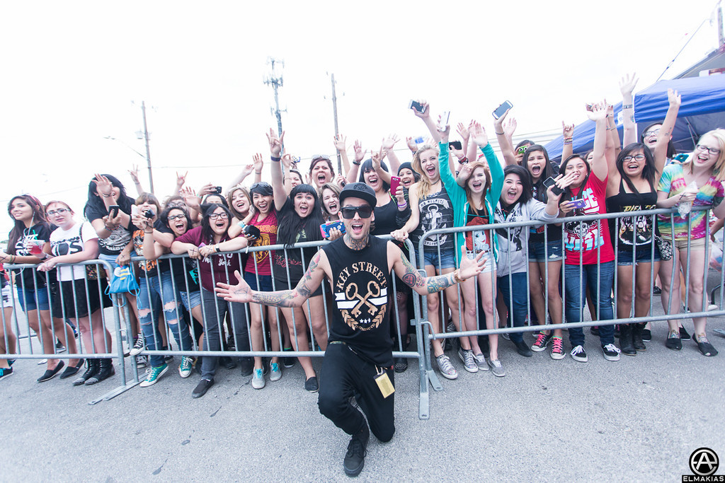 Mike Fuentes and fans