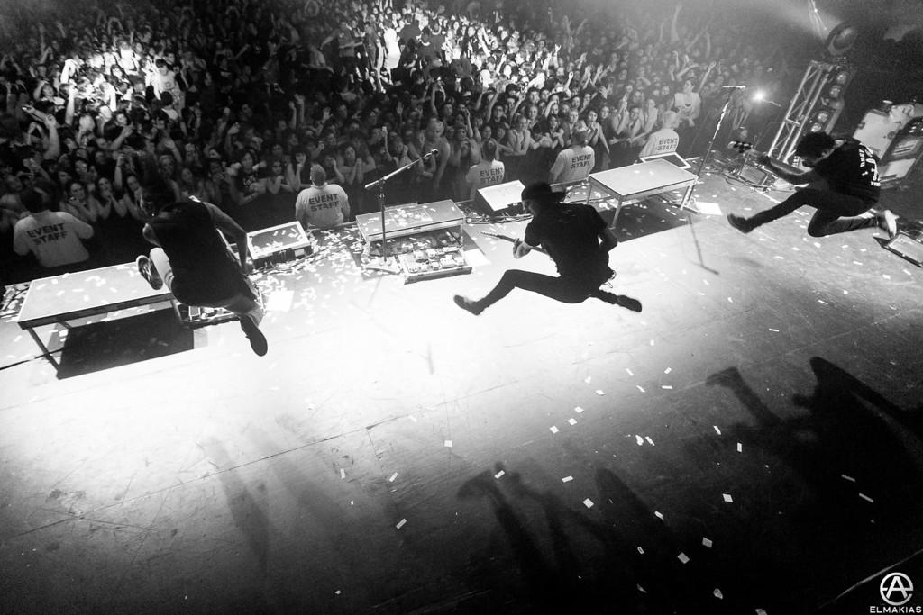 Pierce The Veil jump