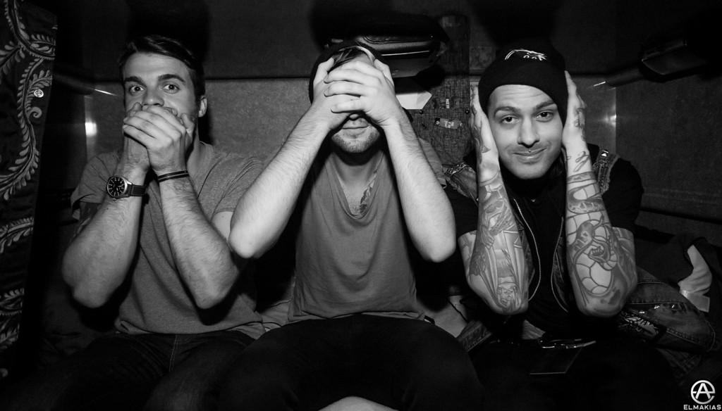 Rian no evil, Jack no evil, Mike no evil