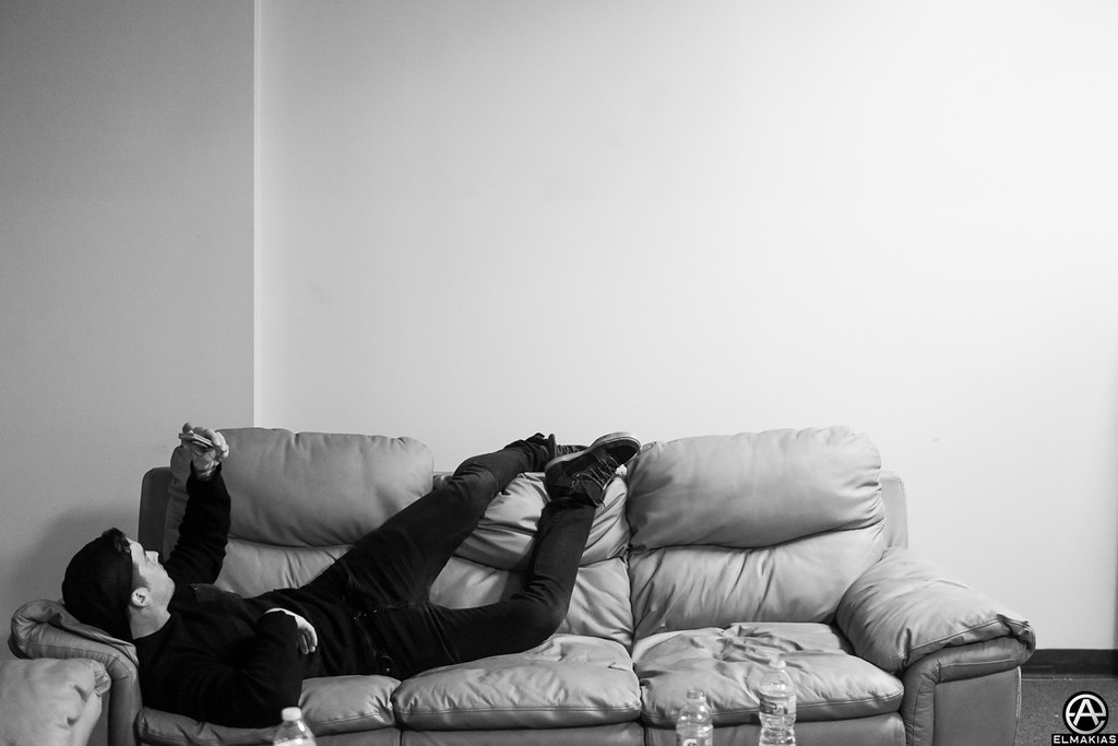 Couch hangs