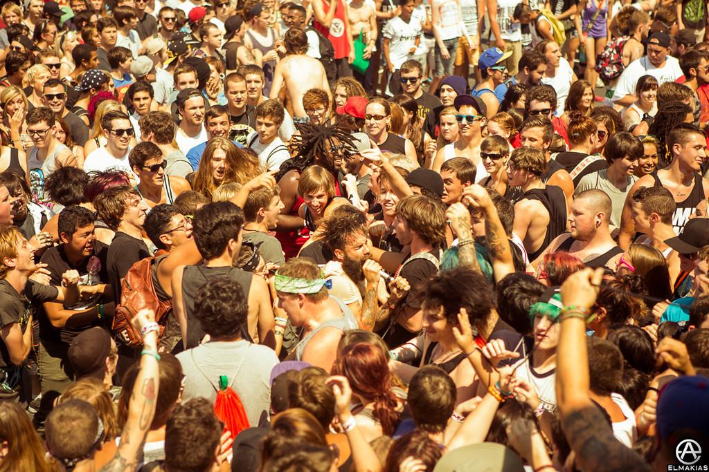 Jason Butler in a sea of fans