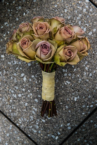 Dried Bouquet wedding flower arrangement.  Stylish and sophisticated.