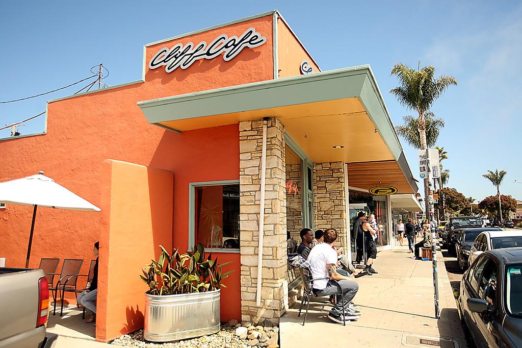 . Cliff Cafe.  (Dan Coyro -- Santa Cruz Sentinel)