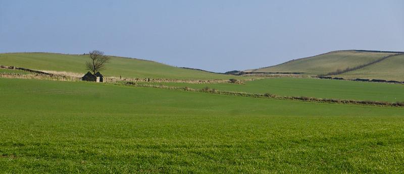 Polia tesne na okraji útesov - tu slávne vykopávky Anglo-saxonská princezná