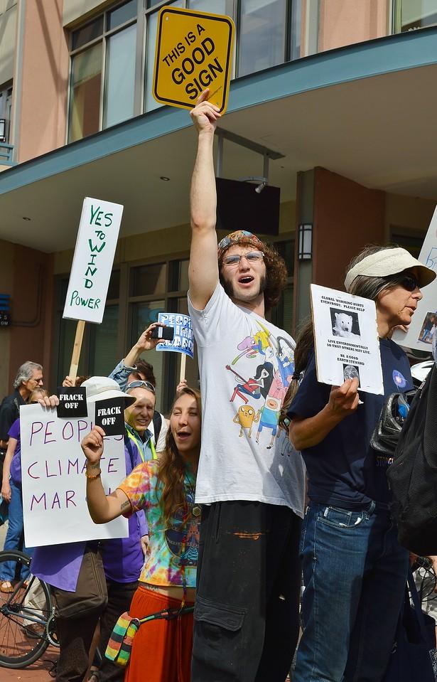 climate-march-Boulder-23