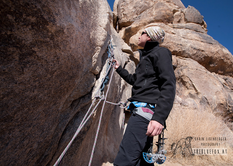 March 2012. Cap Rock. Anchoring technique.