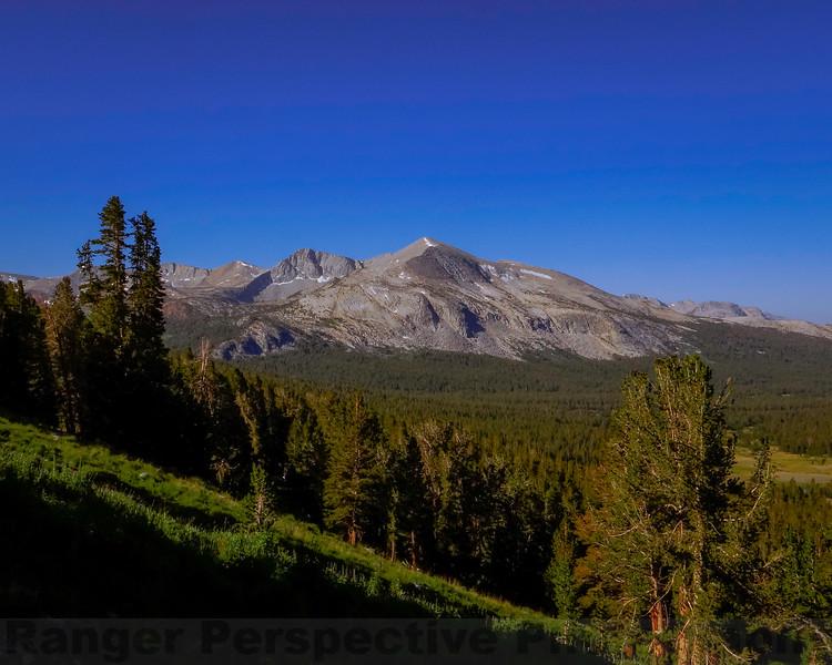 Looking towards Mammoth Peak while climbing towards 11,000 feet