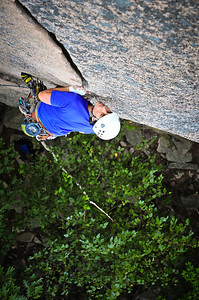 Wafer Step, 5.5 trad at Precipice crag, ME, USA Climber: Lorenzo Sanguedolce