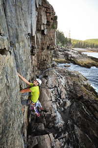 The Flake, 5.7 trad at Otter Cliff, ME, USA Climber: Guillaume Bitton