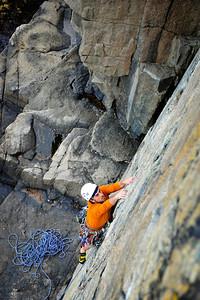 Wonderwall, 5.7 trad at Otter Cliff, ME, USA Climber: Lorenzo Sanguedolce