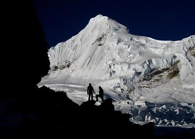 Toclaraju_Cordillera_Blance_Peru_MPiche
