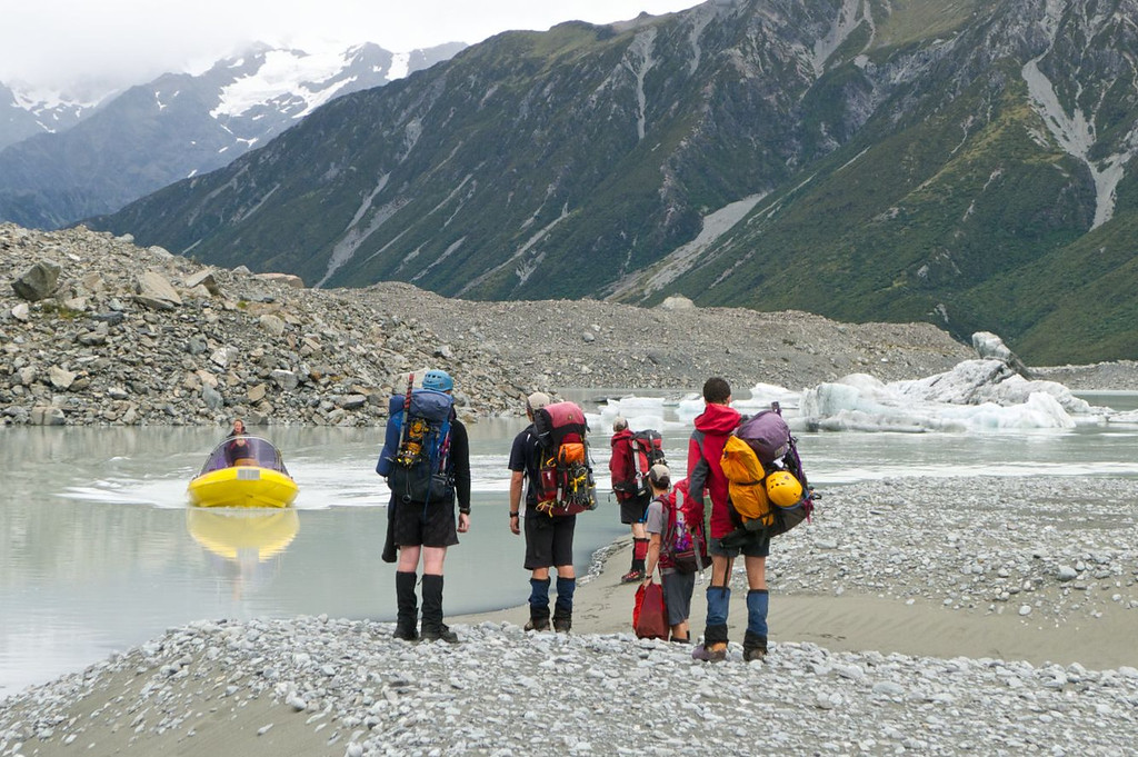 Next morning, the guide from Glacier Explorers arrives on schedule to pick up and shuttle us across the lake.