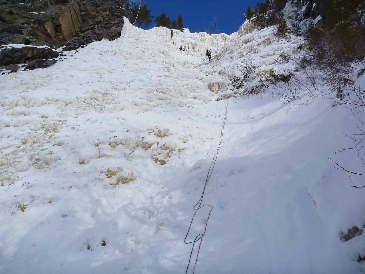 Orient Bay, Ontario<br /> Tempest ice climb<br /> Kejal on rap