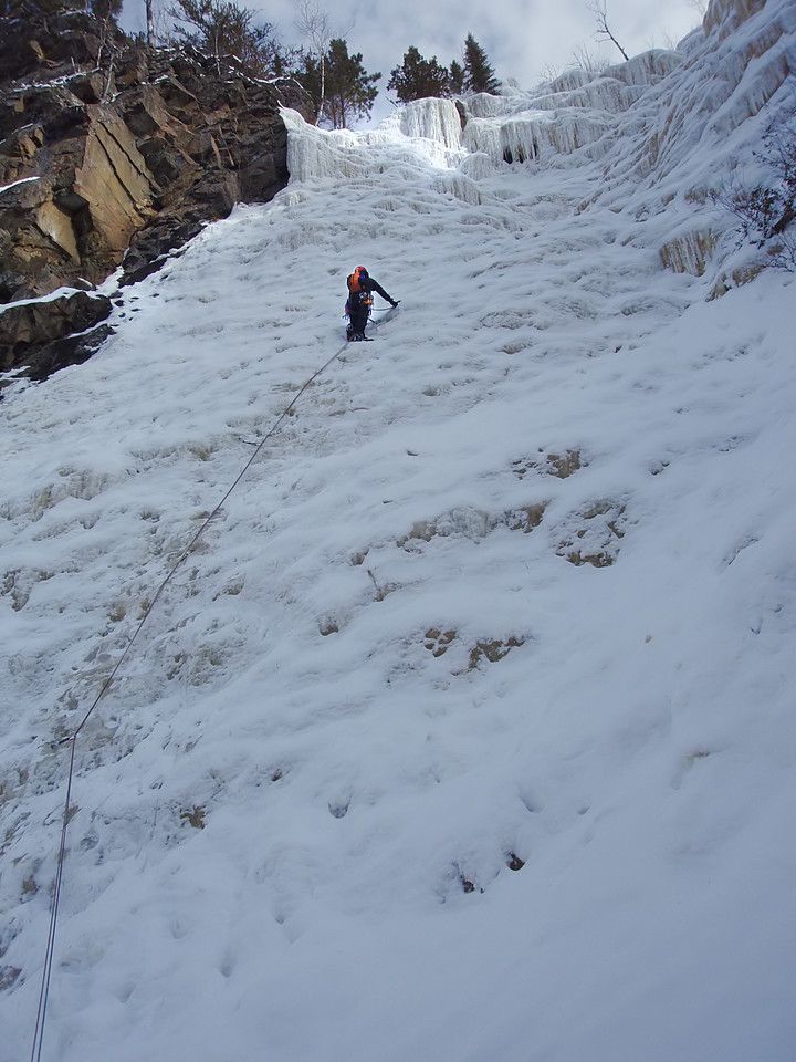 Orient Bay, Ontario<br /> Tempest ice climb<br /> Orhun on first pitch