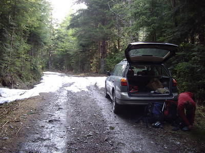 The road is still snowed in at about 3400 feet, so we started there.