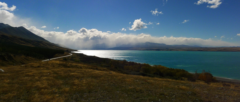 Lake Pukaki and the ranges east of Aoraki Mt Cook