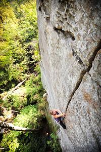 Fibrulator 5.11b at Indian Creek Crag Climber: Sara Violett