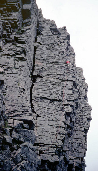Classic Rock route, Savage Slit in Coire an Lochain, Cairngorms.