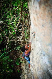 Lost in Space, 6b (5.10d) at Eagle Wall, Tonsai. Climber: Samantha Lawson