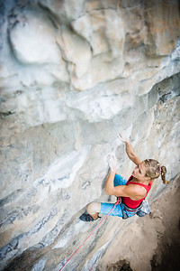 Tyrolean Air 7c (5.12d) at Tyrolean Wall, Tonsai. Climber: Rannveig Aamodt