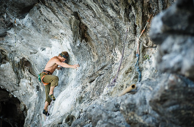 Tidal Wave, 7b+ (5.12c) at Tonsai Roof, Tonsai. Climber: Erik Nerell