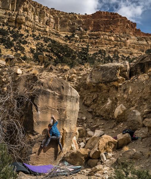 Area: Joes Valley, UT (New Joes)<br /> Boulder: Gatorade V5<br /> Climber: Zack Cerza