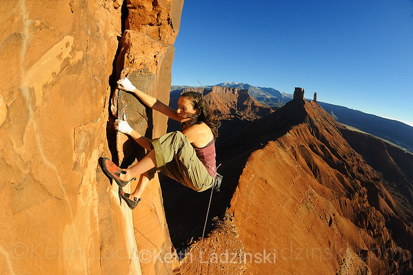 "Steph Davis free-soloing ""Jah-man"" (5.10) on the Sister Superior Tower in Castle Valley Utah"