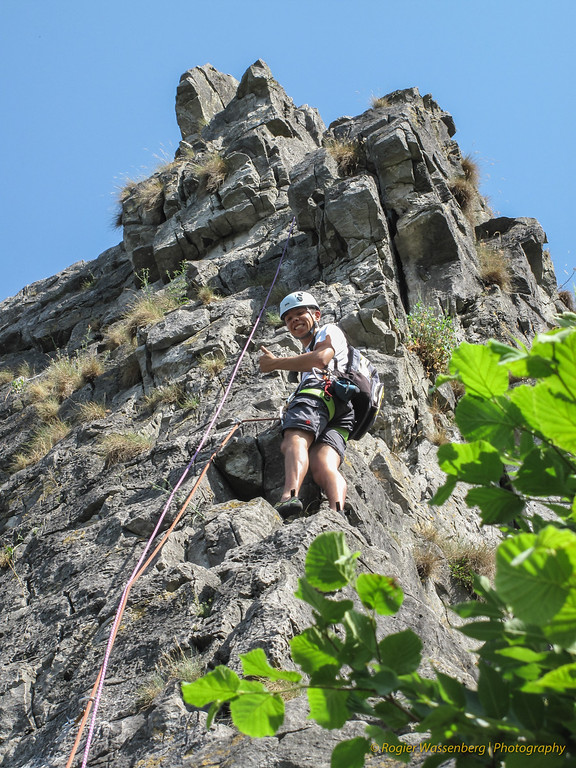 2010-07 Climbing in Dave (B)