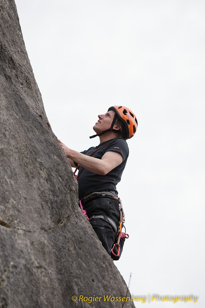 2016-04 Climbing in Pont a Lesse