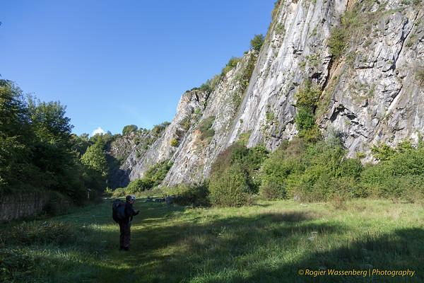 2017-09 Climbing in Les Awirs (B)