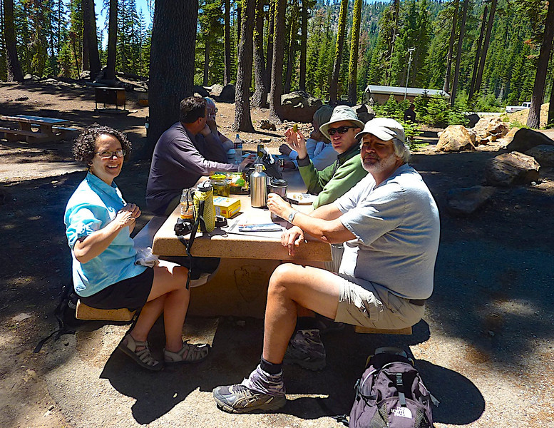 Lunch near the visitor's center before the hike.