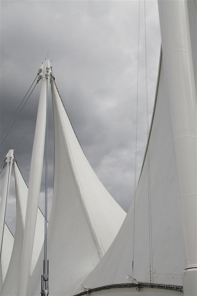 I-CO-Full_Sails-EllisV