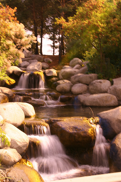 A-CO-Autum_Waterfall-SuchanL
