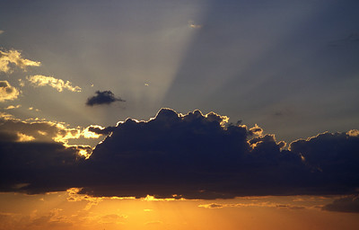 I-CO-Behind_Every_Cloud_There_is_a_Silver-CorbettW