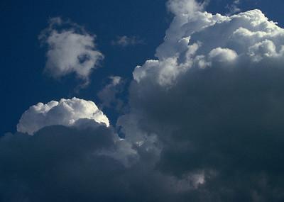 I-CO-Big_Blue_Puff_Clouds-CorbettW
