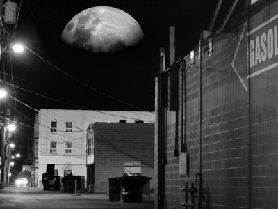 Creative  Moon over Gasoline Alley Jeff O'Brien    Score: 24.7/30  Print of the Month
