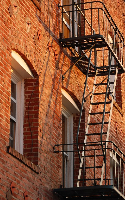 Intermediate - Color   Fire Escape Hans Holtkamp    Score: 26.7/30  Print of the Month  Nikon D40, f5.3, ISO200, 90mm