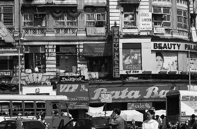 I-BW-Mumbai_Shopping-Maitland-WhitelawB
