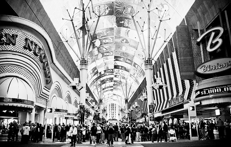 I-BW-Welcome to Fremont Street-ProkopS