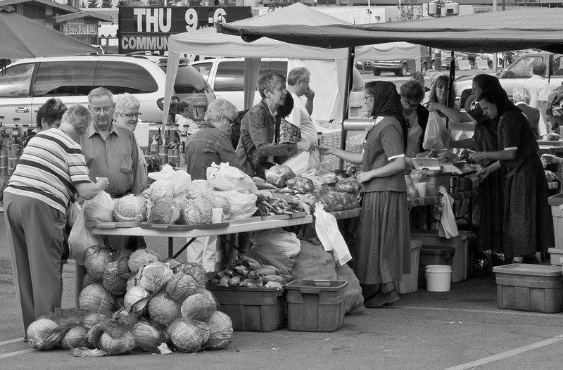 BW-The_Market_on_8th-HagaM