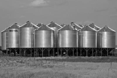 BW-Prairie Granaries-Ian Sutherland