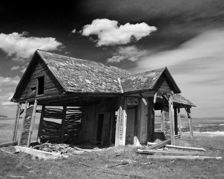 BW-Old Log Home-Howard Brown