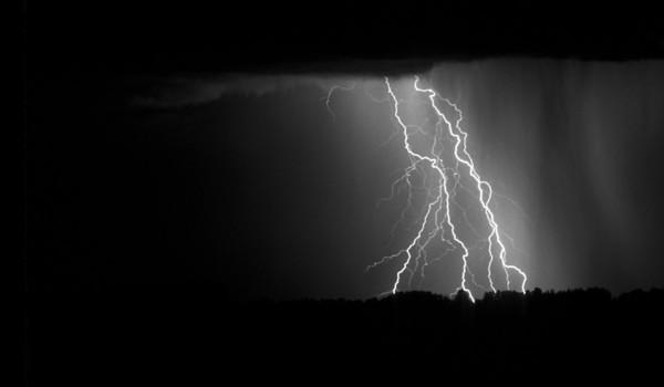BW-Lightning-Frank Johnson
