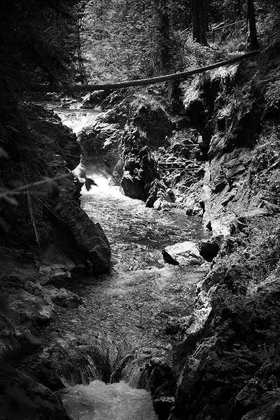BW-Mountain Stream-Ken Greenhorn